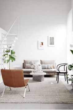 The Scandinavian trend is best characterised by minimalism. The minimalist interior design trend is achieved through open plan rooms, plenty of sunlight and timeless and elegant aesthetics. #scandistyle #minimalism #interiordesign #scandinavianlook #dswchairs #eamesreplicas #replicadiningchairs