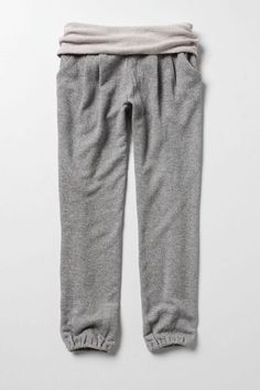 Sweat Pants ; are a casual variety of soft trousers intended for comfort or athletic purposes.Sweatpants are usually made from cotton, and the chief characteristic distinguishing them from other athletic pants is the elastic band located around the waist. Also, many sweatpants do not have pockets. (Raisa Aida Kardena FD1A2)