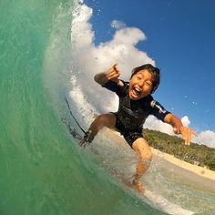 This grom is the epitome of stoke!