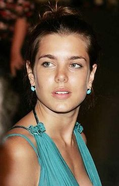 charlotte-casiraghi.jpg (409×642)/••••I find her incredibly gorgeous.  She doesn't look like Princess Grace, or Caroline for that matter, but there's an site about her, an elegance similar to what we saw in Princess Grace.