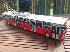 1 meter long, 1:18 ratio Ikarus 280T trolleybus from my hometown Budapest