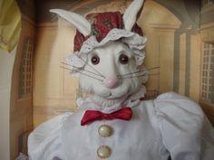 Vintage English Manor Porcelain Rabbit 1991.