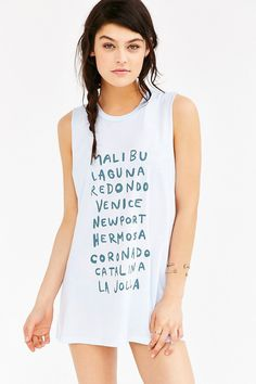 Future State Beach Travel Muscle Tee - Urban Outfitters