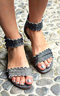 Midsummer. Handmade beautiful leather sandals. – ELF