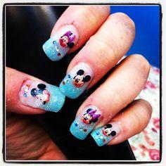 Mickey and Minnie Mouse nails for my Disneyland Paris holiday! Birthday Nail Art, Disney Birthday, Minnie Mouse Nails, Mickey Minnie Mouse, Gold Nails, Fun Nails, Snowflakes Art, Almond Nails, Holiday Nails