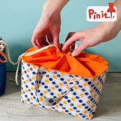 Sewing Projects For Beginners, Knitting Projects, Sewing Tutorials, Sewing Crafts, Diy Bags Patterns, Pdf Sewing Patterns, Free Sewing, Sewing Collars, Serger Sewing