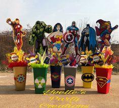 Súper héroes Superman Birthday Party, Avengers Birthday, Batman Party, 6th Birthday Parties, Birthday Ideas, Avengers Party Decorations, Iron Man Party, Kids Party Themes, Party Ideas