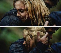 Bellarke hug
