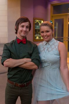Andrew and Hali Ducote Disneybounding as Peter and Wendy Dapper Day in CA. Peter Pan, Peter And Wendy, Dapper Day Disneyland, Disney Dapper Day, Disneybound Outfits, Disney Outfits, Disney Fashion, Disney Style, Disney Love