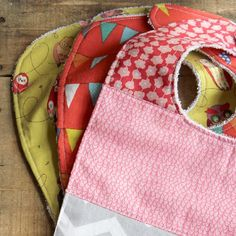 Here's a great sewing tutorial for these adorable handmade baby bibs. Perfect for your little one or a fabulous baby shower gift.