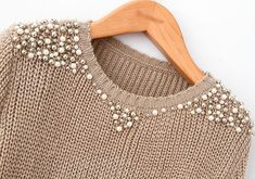 Pearl beading sweater - Perfect for Work!Sweater with pearls and silver beads.Remaking Pullover (große Sammlung) / Sweat … - Beauty Tips & Tricks An old sweater and A lot og Bears Ways to Refashion and Restyle your Old Clothes - DIY Fashion Fashion Details, Diy Fashion, Winter Fashion, Womens Fashion, Fashion Trends, Diy Kleidung, Diy Vetement, Diy Mode, Old Clothes