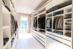 House2 - Kabinetin liukuovet vaatehuone - walk in closet - dressing room