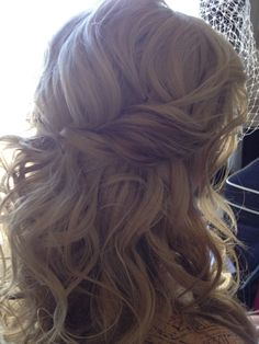 beautiful textured curly half-up, half-down hippy chic wedding hairstyle