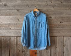 vintage Levi's denim button up from WindyPeakVintage on Etsy
