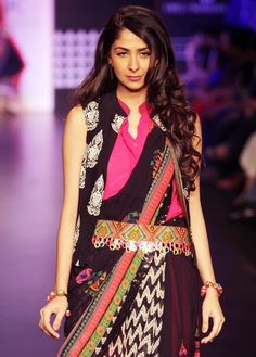 Anita Dongre's designs were captivating with bold prints and solid colour. #Style #Fashion #LFW