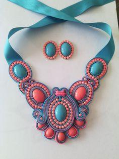 Juego de Collar Soutache con Zarcillos en turquesa y coral