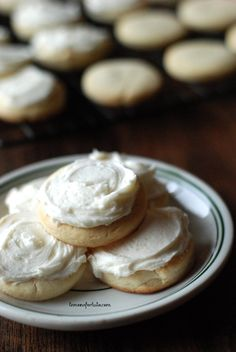 Eggnog Sugar Cookies www.lemonsforlulu.com