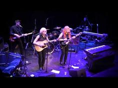 That's All Right, Mama - MonaLisa Twins (Elvis Cover) live Jukebox, All Things, Twins, Songs, Live, Concert, My Love, Music, Mona Lisa