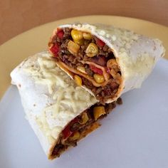 Burrito with minced meat and vegetables, a tasty recipe from the vegetable category. Ratings: Average: Ø Burrito with minced meat and vegetables, a tasty recipe from the vegetable category. Mexican Food Recipes, Dinner Recipes, Ethnic Recipes, A Food, Food And Drink, Carne Picada, Food Items, Yummy Food, Stuffed Peppers