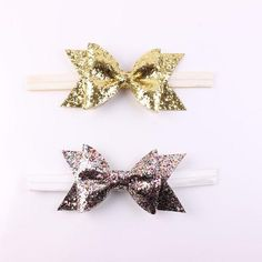 Soft elastic headband for your littles head, with the most gorgeous GLITTER bow.