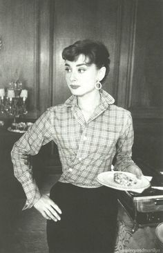 Audrey Hepburn, 1953. | Flickr - Photo Sharing!