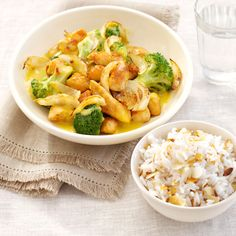 Snelle kipcurry met broccoli en amandelrijst Broccoli Curry, Asian Dinner Recipes, Diy Food, Macaroni And Cheese, Vegetables, Ethnic Recipes, Wok, Entertaining, Drinks