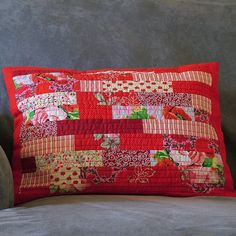 Red quilted pillow - no pattern, pic for inspiration
