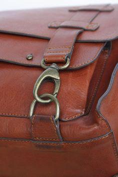 aksebags-44.jpg 533×800 pixels Handmade Handbags & Accessories - http://amzn.to/2iLR27v