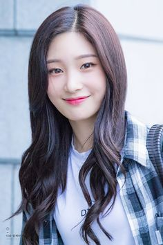 (n) a look shared by two people, each wishing that the other would i… # Fiksi remaja # amreading # books # wattpad Kpop Girl Groups, Korean Girl Groups, Kpop Girls, Jung Chaeyeon, Kim Sejeong, Ioi, Korean Celebrities, Ulzzang Girl, Beautiful Actresses