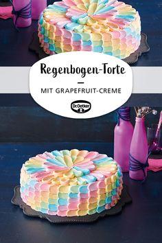 Rainbow Pink Grapefruit Cake: Cake in a rainbow wipe look with a fruity quark pink grapefruit cream and peaches cake decorating recipes kuchen kindergeburtstag cakes ideas Beef Pies, Mince Pies, Cupcakes, Grapefruit Tart, Green Curry Chicken, Red Wine Gravy, Egg Pie, Onion Pie, Mushroom Pie