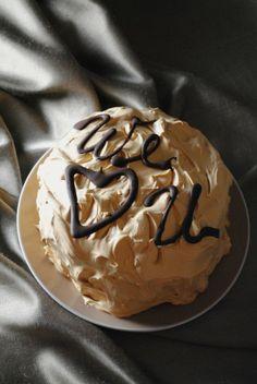 dulce de leche cake   by sweetlife.com