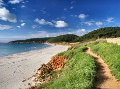 Un bon dia per caminar. Camí de cavalls a Binigaus. Menorca