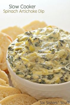 Slow Cooker Spinach Artichoke Dip Recipe This Slow Cooker Spinach Artichoke Dip is perfect for a party or get-together. Throw the ingredients in the crockpot and let it do the rest - you'll have a perfectly creamy, gooey spinach artichoke dip every single Cheesy Spinach Artichoke Dip, Creamy Spinach, Artichoke Soup, Yummy Appetizers, Appetizer Recipes, Dinner Recipes, Zucchini Sauce, Slow Cooker Dips, Crock Pot Dips