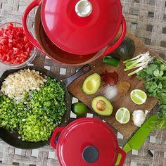 BEST Chicken Tortilla Soup recipe http://cleanfoodcrush.com/best-chicken-tortilla-soup