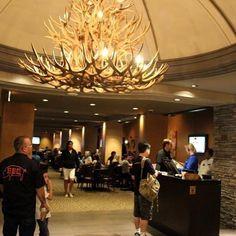 Na nossa última viagem pra Las Vegas nós jantamos no restaurante Claim Jumper e hoje publicamos um review lá no blog (link na bio). Passe lá pra conferir! @claimjumper #lasvegas #claimjumper #gastronomia #restaurante #goldennugget