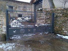 Fabricación de puertas automáticas residenciales e industriales, adaptación de puertas instaladas a normativa CE y automatización.  Polígono Industrial Maskuribai Z07 C/ Adarraga 01470 Amurrio  Tfno:945 89 10 97  http://www.lanaiotz.com  info@lanaiotz.com