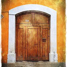 Doors by Mau_ku (Antigua Guatemala)