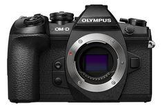 Olympus OM-D E-M1 II je nová vlajková loď systémových fotoaparátů Olympus. Mezi hlavní přednosti patří 20Mpx snímač a rychlý procesor TruePic VIII díky kterému zvládne až 18sn./s. do RAW formátu s AF a bez auto-focus až 60sn./s.. Dle Olympus byl také vylepšen dynamický rozsah a to o 1EV.  Možnost natáčení videa ve 4K.