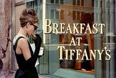 Breakfast at Tiffany's starring Audrey Hepburn and George Peppard Boujee Aesthetic, Aesthetic Vintage, Aesthetic Pictures, George Peppard, Katharine Hepburn, Audry Hepburn Style, Gossip Girl, Images Vintage, Actors