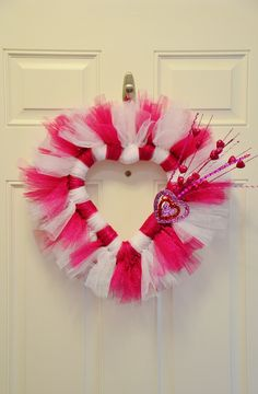Valentine's Wreath with tulle