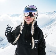 Online Ski Shop, Snowboards Gear Store, Clothing Ski, Pants and Jackets for Snowboarding - Shop for Skis and Snowboards Online Snowboard Girls, Style Snowboard, Ski And Snowboard, Ski Ski, Snowboarding Girl, Snowboard Goggles, Ski Goggles, Snowboards, Fashion Fotografie