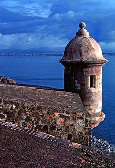 El Morro in El Viejo San Juan in Puerto Rico!!!!!!!!!!!! It is a beautiful place!!!!!!!!!! I love it!!!!!!!!!!