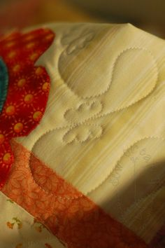 sew create it: Free-motion Quilted Butterflies- including a video!.