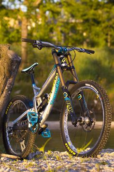 Transition TR500 by Stromp - Stromp's Bike Check - Vital MTB