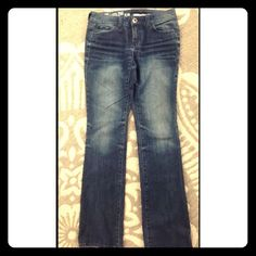 "Clearance! DKNY Ludlow straight leg jeans 💖💗💖 32"" inseam- excellent condition. A snag or two. I can measure anything if needed! DKNY Jeans Straight Leg"