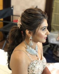 Puffy Ponytail Hairstyles That Indian Brides Are Getting Obsessed With! Wedding Ponytail Hairstyles, Bridal Hairstyle Indian Wedding, Engagement Hairstyles, Bridal Hair Buns, Bridal Hairdo, Indian Bridal Hairstyles, Lehenga Hairstyles, Hairstyles For Gowns, Open Hairstyles