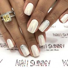 Nail art Christmas - the festive spirit on the nails. Over 70 creative ideas and tutorials - My Nails Bride Nails, Wedding Nails, Cute Nails, Pretty Nails, Hair And Nails, My Nails, Glitter French Manicure, Nail Decorations, Manicure And Pedicure