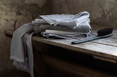 Linen Towels, Finland, handwoven. Utter simplicity and beauty.