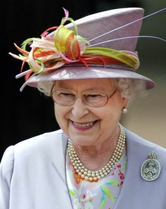 Queen of England Hats   The Centre Court in Wimbledon