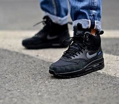 Nike WMNS Air Max 1 Mid SneakerBoot – Black / Dark Grey – Metallic Silver  http://www.theillest.pl/nike-wmns-air-max-1-mid-sneakerboot-black-dark-grey-metallic-silver/